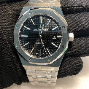 AP Royal Oak 15400 Replica Dubai silver black Dial