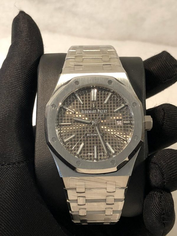 AP Royal Oak 15400 Replica Dubai silver grey Dial
